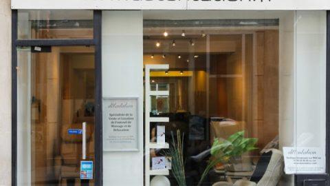 Ouverture d'une boutique de fauteuil de massage à Paris