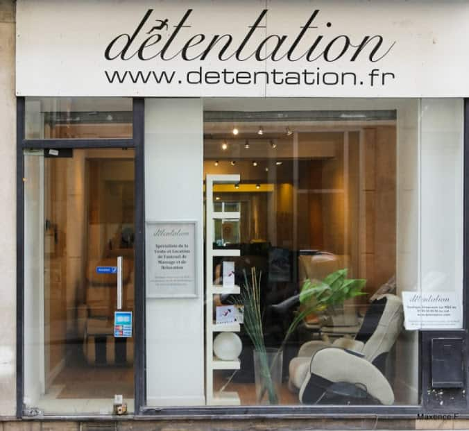Boutique showroom detentation fauteuils massage