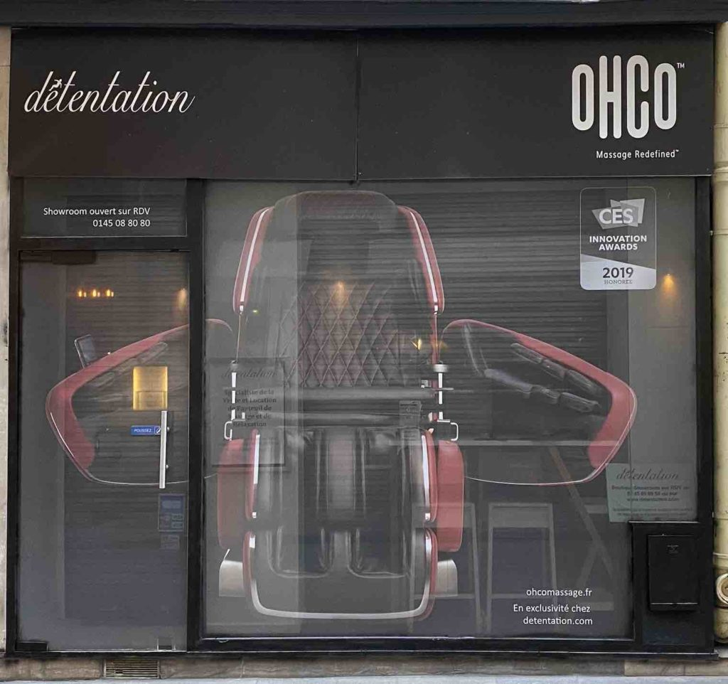 Essai de fauteuil massant gratuit dans notre showroom à Paris 1